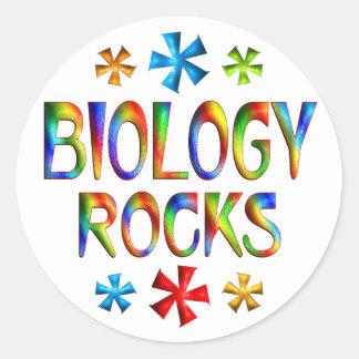 BIOLOGY ROCKS ROUND STICKER