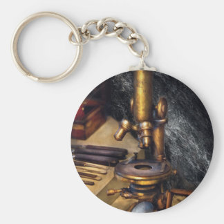 Biology - The Art of Dissection Keychains