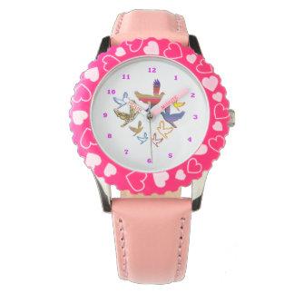 BIRDS Bezel Stainless Steel Pink Hearts Watch