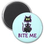 Bite Me! Cat Gift Designs 6 Cm Round Magnet