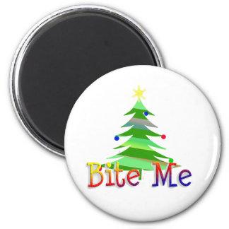 Bite Me Christmas Tree 6 Cm Round Magnet