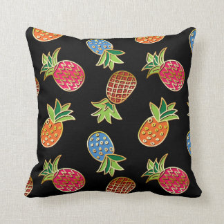 Black And Gold Pineapple Pattern Throw Pillow