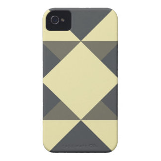 Black and gold triangles iPhone 4 cover