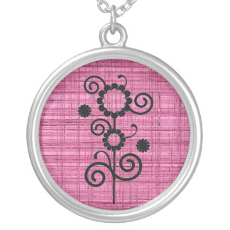 Black and pink flowers necklace