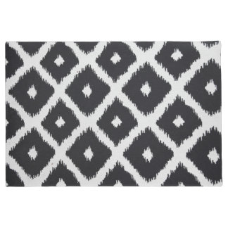 Black and white abstract pattern doormat