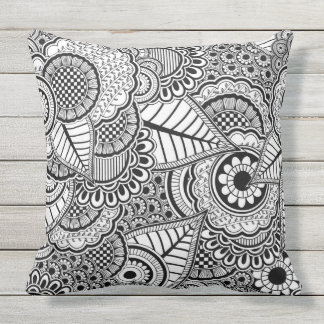 Black and white abstract pattern outdoor cushion