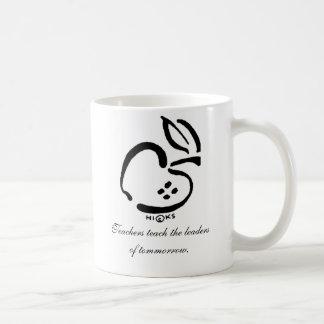 Black and white apple, Teachers teach the leade... Coffee Mug