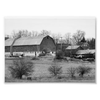 Black and White Barn 7x5 Photographic Print