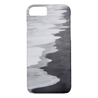 Black and white beach scenic iPhone 8/7 case