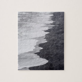 Black and white beach scenic jigsaw puzzle