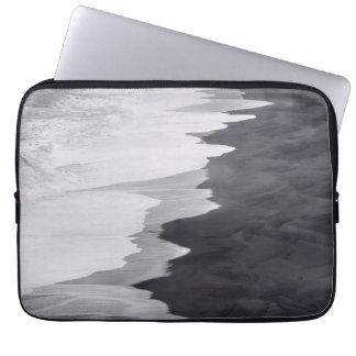 Black and white beach scenic laptop sleeve