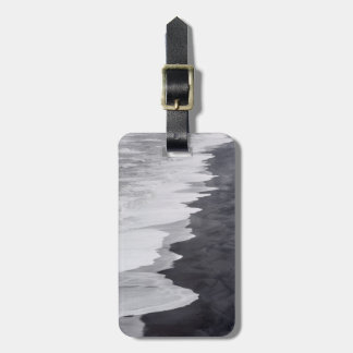 Black and white beach scenic luggage tag