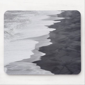 Black and white beach scenic mouse pad
