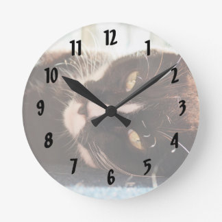 black and white cat face animal photo yellow eyes round clock