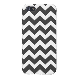 Black and White Chevron Pattern iPhone 5 Cover