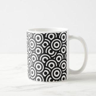Black and White Circles Mug
