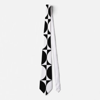 BLACK AND WHITE CIRCLES TIE