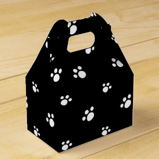 Black And White Cute Puppy Dog Paw Print Pattern Favour Box