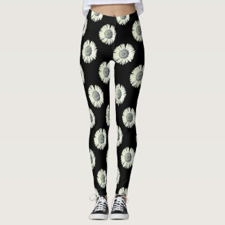 Black and white daisy - Black background Leggings