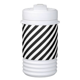Black And White Diagonal Stripes Pattern Drinks Cooler