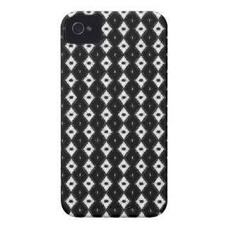 Black And White Diamond Pattern Blackberry Case