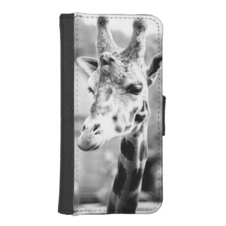 Black and White Giraffe Portrait Photography iPhone SE/5/5s Wallet Case