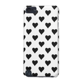 Black And White Heart Pattern iPod Touch 5G Covers