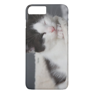 BLACK AND WHITE KITTEN IPHONE CASE