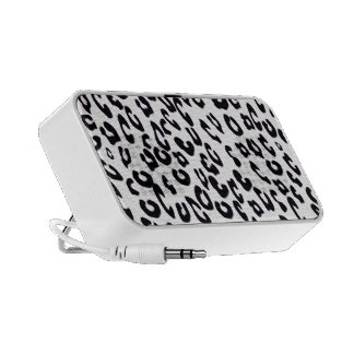 Black And White Leopard Print Travelling Speakers