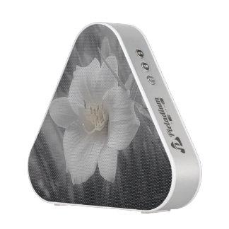 Black and White Lilly Speaker