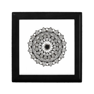 Black and White Mandala Item Gift Box