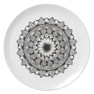 Black and White Mandala Item Plate