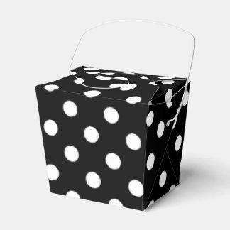 Black and White Polka Dots Pattern Wedding Favour Box