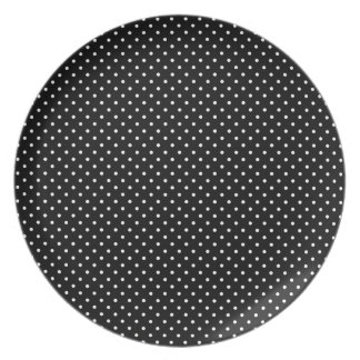Black And-White-Polka-Dots Party Plates