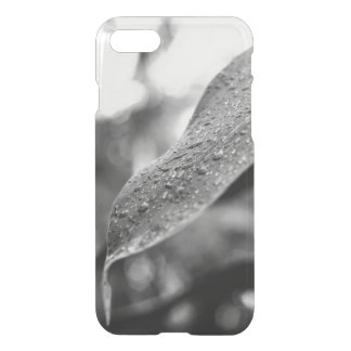 Black and White Raindrops On A Leaf iPhone 7 Case