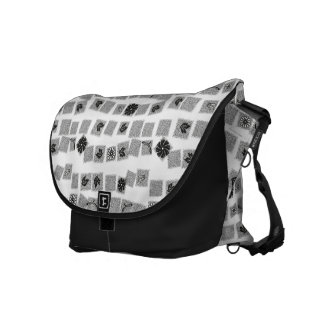 Black and White Retro Flowers Commuter Bag