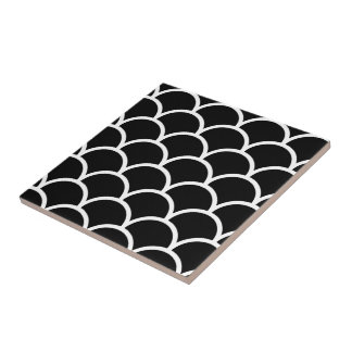 Black and White Scallop Small Square Tile