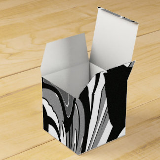 Black and White Shape Art Favour Box