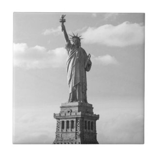 Black and White Statue of Liberty Small Square Tile