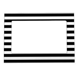 Black and White Stripe Pattern Magnetic Frame