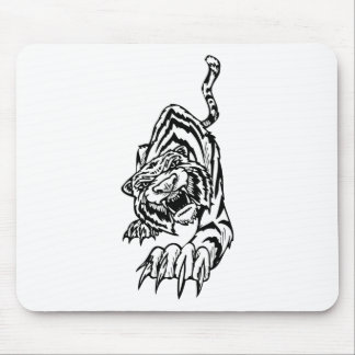 Black and white tiger attacking mouse pad