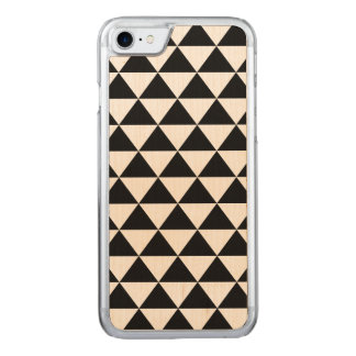 Black and White Triangle Pattern Carved iPhone 7 Case