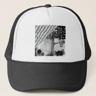 BLACK AND WHITE TRUCKER HAT