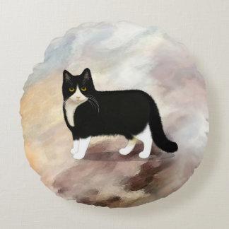Black and White Tuxedo Cat Round Cushion