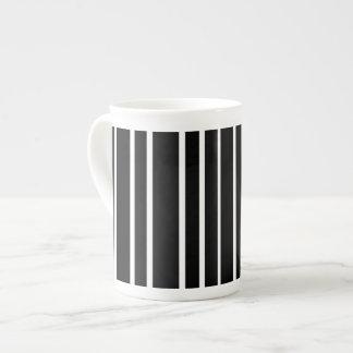 Black and white vertical stripe tea cup