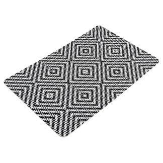 Black and White Zig Zag Floor Mat