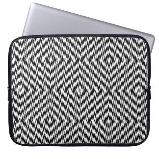 Black and White Zig Zag Laptop Sleeve