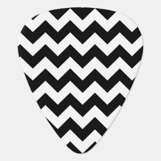 Black and White Zigzag Chevron Pattern Guitar Pick