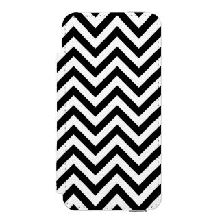 Black and White Zigzag Stripes Chevron Pattern Incipio Watson™ iPhone 5 Wallet Case