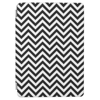 Black and White Zigzag Stripes Chevron Pattern iPad Air Cover